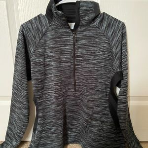 Half-zip Columbia pull over